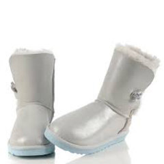 UGG Bailey Button I DO! White-100